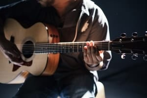 25 Tips for Recording Acoustic Guitar From Microphones to Room Type